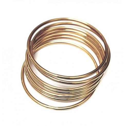 80959fc0e65 Conjunto com 7 Braceletes Em Aço Dourado